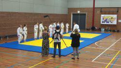 tv opname bij judo 4e lesuur op woensdag 8 juni.